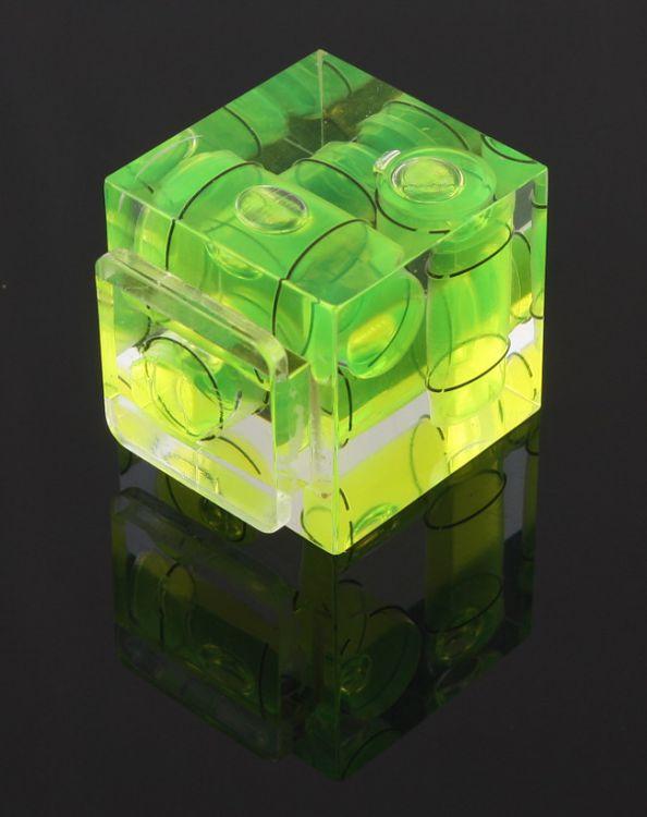 Poziomica 3D na sanki lampy błyskowej