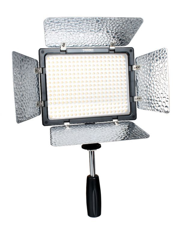 Lampa Panelowa LED, model Yongnuo YN-300III BLUETOOTH