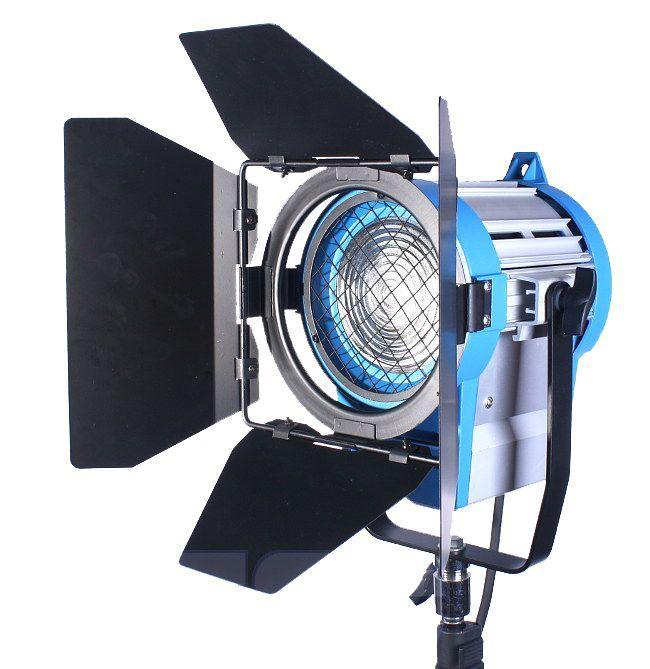 Filmowy zestaw Oświetleniowy Cinema Max 3x 800W RedHead + Lampa Fresnel 650W
