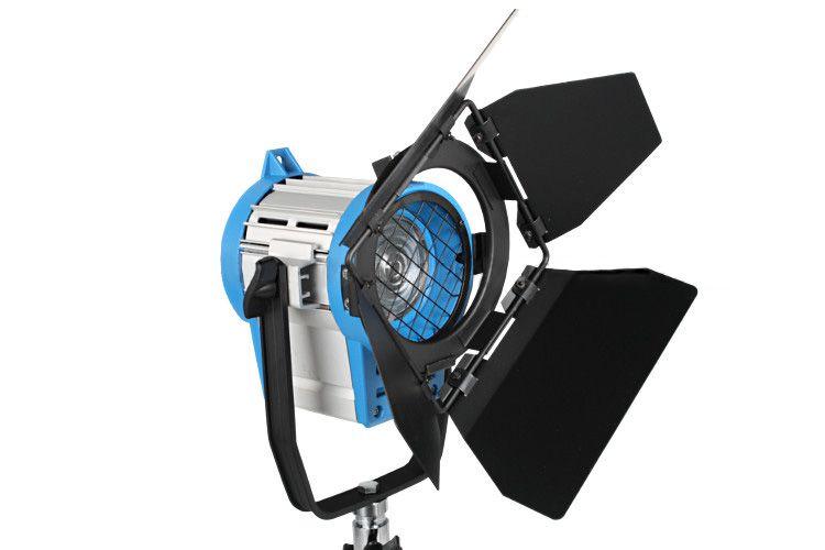Lampa światła stałego 300W z soczewką FRESNELA, model SP-300
